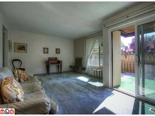 """Photo 5: 24 5850 177B Street in Surrey: Cloverdale BC Townhouse for sale in """"Dogwood Gardens"""" (Cloverdale)  : MLS®# F1222363"""