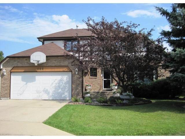 Main Photo: 144 KIRKBRIDGE Drive in WINNIPEG: Fort Garry / Whyte Ridge / St Norbert Residential for sale (South Winnipeg)  : MLS®# 1016371