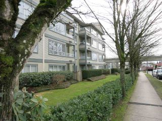 """Photo 3: 316 4990 MCGEER Street in Vancouver: Collingwood VE Condo for sale in """"CONNAUGHT"""" (Vancouver East)  : MLS®# R2141317"""