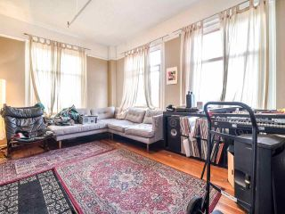 """Photo 8: 405 175 E BROADWAY in Vancouver: Mount Pleasant VE Condo for sale in """"Lee Building"""" (Vancouver East)  : MLS®# R2559841"""