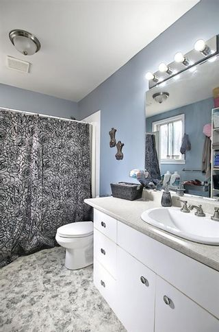 Photo 12: 801 20 Avenue NW in Calgary: Mount Pleasant Duplex for sale : MLS®# A1084565