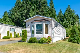 Photo 1: 39 4714 Muir Rd in Courtenay: CV Courtenay East Manufactured Home for sale (Comox Valley)  : MLS®# 882524