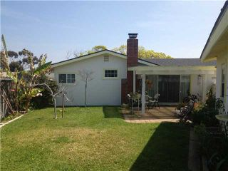 Photo 7: CLAIREMONT House for sale : 3 bedrooms : 4670 El Penon Way in San Diego