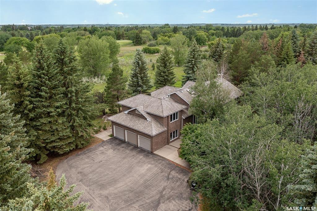 Main Photo: 14 Poplar Road in Riverside Estates: Residential for sale : MLS®# SK868010