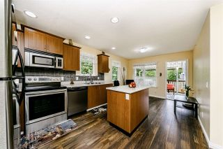 """Photo 7: 328 3000 RIVERBEND Drive in Coquitlam: Coquitlam East House for sale in """"RIVERBEND"""" : MLS®# R2457938"""