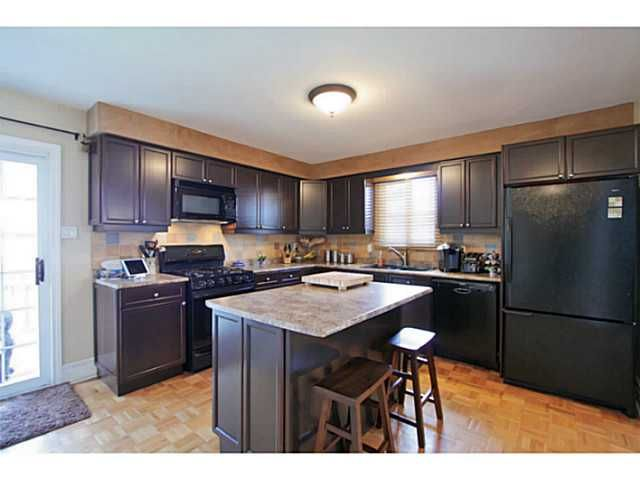 Photo 10: Photos: 5 CAMPFIRE CT in BARRIE: House for sale : MLS®# 1403506