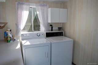 Photo 12: 19 1201 Craigflower Rd in VICTORIA: VR Glentana Manufactured Home for sale (View Royal)  : MLS®# 825952