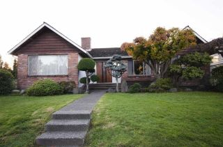 """Main Photo: 6091 WILLOW Street in Vancouver: Oakridge VW House for sale in """"Oakridge"""" (Vancouver West)  : MLS®# R2595040"""