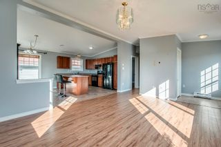 Photo 6: 833 Terence Bay Road in Terence Bay: 40-Timberlea, Prospect, St. Margaret`S Bay Residential for sale (Halifax-Dartmouth)  : MLS®# 202123534
