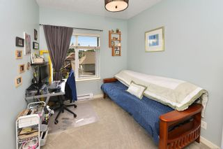 Photo 16: 304 2220 Sooke Rd in : Co Hatley Park Condo for sale (Colwood)  : MLS®# 883959
