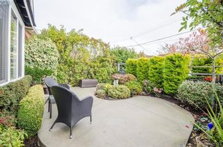 Photo 29: 922 Lawndale Ave in VICTORIA: Vi Fairfield East House for sale (Victoria)  : MLS®# 800501
