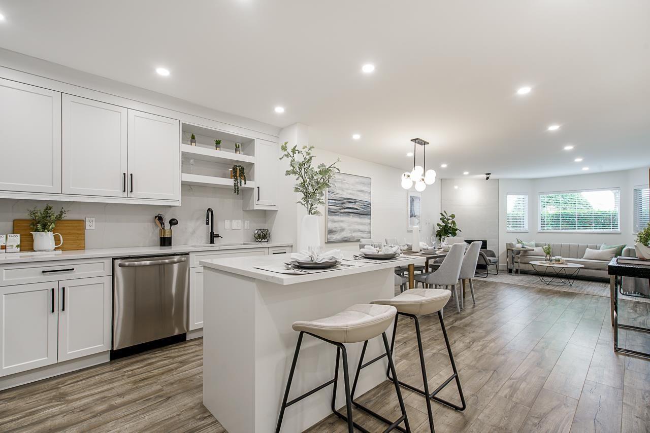 "Main Photo: 106 3183 ESMOND Avenue in Burnaby: Central BN Condo for sale in ""Winchelsea"" (Burnaby North)  : MLS®# R2618280"