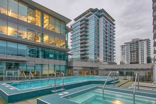 """Photo 1: 905 112 E 13TH Street in North Vancouver: Central Lonsdale Condo for sale in """"CENTREVIEW"""" : MLS®# R2566516"""