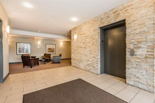 "Photo 2: 302 33898 PINE Street in Abbotsford: Central Abbotsford Condo for sale in ""Gallantree"" : MLS®# R2381999"
