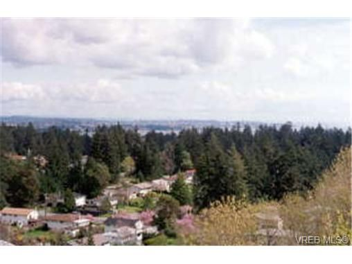 Photo 1: Photos: 3379 Rothnie Pl in VICTORIA: Co Triangle House for sale (Colwood)  : MLS®# 258835