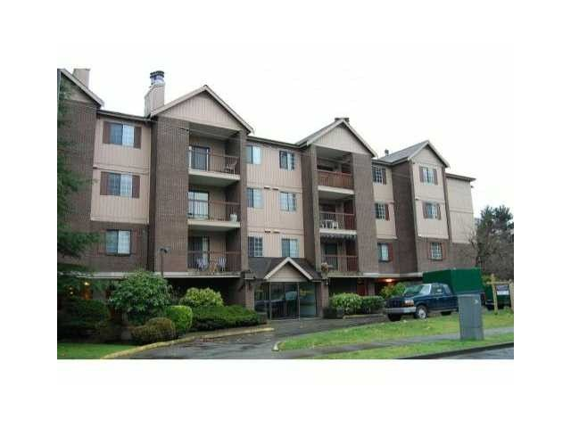 """Photo 1: Photos: 126 8500 ACKROYD Road in Richmond: Brighouse Condo for sale in """"WESTHAMPTON COURT"""" : MLS®# V992566"""