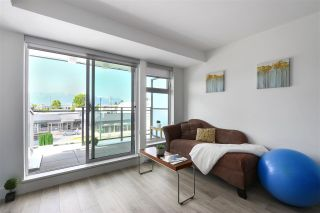 """Photo 5: 210 630 E BROADWAY in Vancouver: Mount Pleasant VE Condo for sale in """"MIDTOWN MODERN"""" (Vancouver East)  : MLS®# R2466834"""