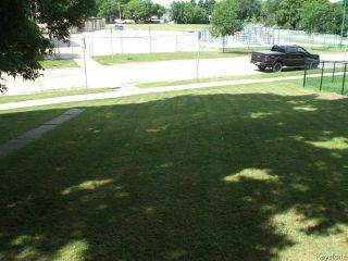 Photo 3: 376 Enfield Crescent in WINNIPEG: St Boniface Residential for sale (South East Winnipeg)  : MLS®# 1416900
