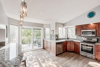 Photo 6: 104 Woodmark Crescent SW in Calgary: Woodbine Detached for sale : MLS®# A1128002