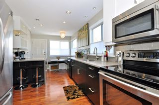 """Photo 5: 3925 WATERTON Crescent in Abbotsford: Abbotsford East House for sale in """"Sandyhill"""" : MLS®# R2052905"""