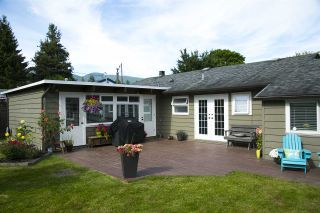 """Photo 17: 1385 REDWOOD Street in North Vancouver: Norgate House for sale in """"NORGATE"""" : MLS®# R2170500"""