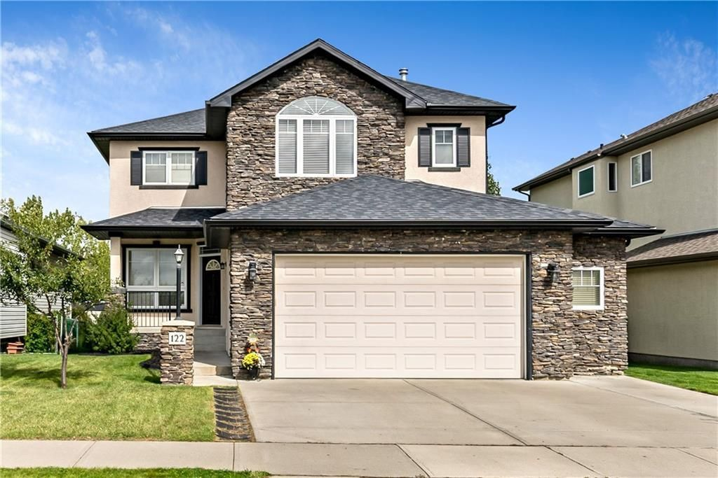 Welcome Home to 122 Cimarron Drive! Room for 3 vehicles on the driveway with a HUGE garage!