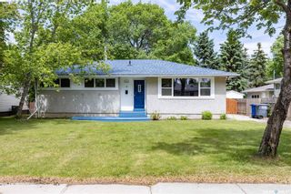 Photo 1: 13 Ling Street in Saskatoon: Greystone Heights Residential for sale : MLS®# SK859307