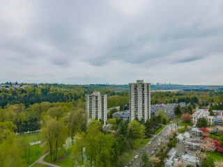 """Photo 11: 2201 9521 CARDSTON Court in Burnaby: Government Road Condo for sale in """"CONCORDE PLACE"""" (Burnaby North)  : MLS®# V1115805"""