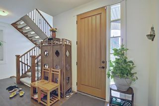 Photo 5: 165 Burma Star Road SW in Calgary: Currie Barracks Detached for sale : MLS®# A1127399