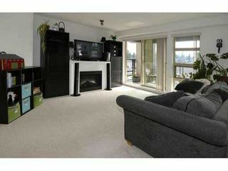 """Photo 3: 319 738 E 29TH Avenue in Vancouver: Fraser VE Condo for sale in """"CENTURY"""" (Vancouver East)  : MLS®# V1051904"""