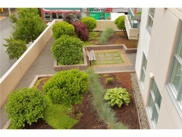"""Photo 22: Photos: 405 121 W 16TH Street in North Vancouver: Central Lonsdale Condo for sale in """"THE SILVA"""" : MLS®# V965894"""
