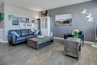 Photo 11: 192 Cougartown Close SW in Calgary: Cougar Ridge Detached for sale : MLS®# A1106763