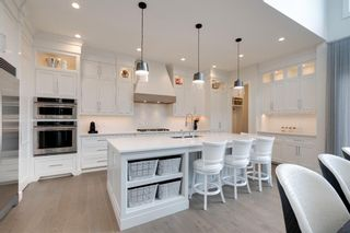 Photo 12: 2037 51 Avenue SW in Calgary: North Glenmore Park Detached for sale : MLS®# A1146301