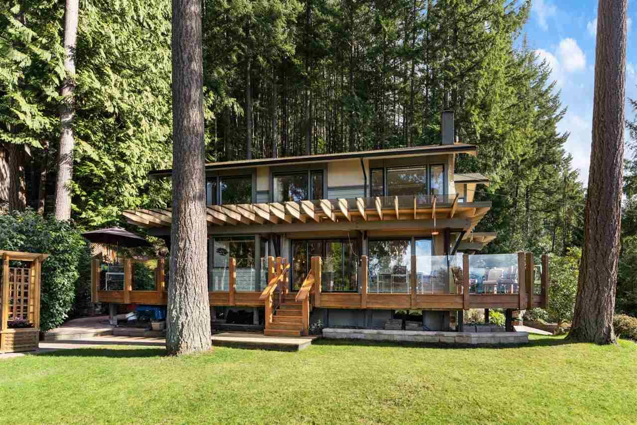 Main Photo: 115 Sunset Drive in West Vancouver: Lions Bay House for sale : MLS®# R2553159