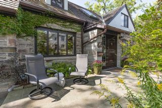 Photo 4: 68 Armadale Avenue in Toronto: High Park-Swansea House (1 1/2 Storey) for sale (Toronto W01)  : MLS®# W5402738