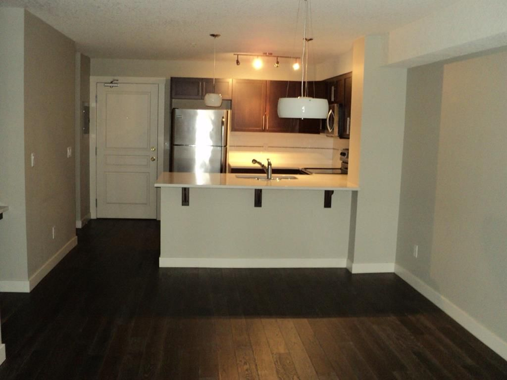 Main Photo: 205 2300 Evanston Square NW in Calgary: Evanston Apartment for sale : MLS®# A1069385