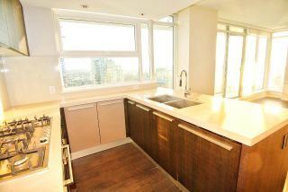 """Photo 14: 2707 1351 CONTINENTAL Street in Vancouver: Downtown VW Condo for sale in """"Maddox"""" (Vancouver West)  : MLS®# R2569520"""