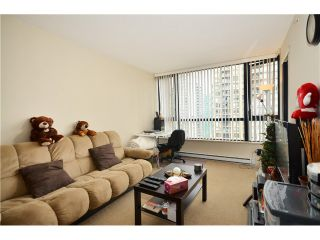 """Photo 6: 2305 928 HOMER Street in Vancouver: Yaletown Condo for sale in """"YALETOWN PARK 1"""" (Vancouver West)  : MLS®# V1023790"""