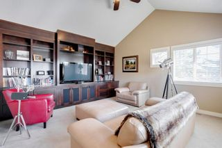 Photo 10: 2783 77 Street SW in Calgary: Springbank Hill Detached for sale : MLS®# A1070936