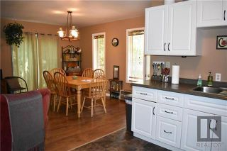 Photo 6: 4 Sprague Crescent in Victoria Beach: R27 Residential for sale : MLS®# 1911250