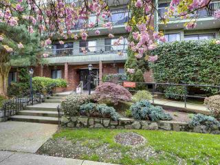 "Main Photo: 109 1844 W 7TH Avenue in Vancouver: Kitsilano Condo for sale in ""Crestview Manor"" (Vancouver West)  : MLS®# R2573521"