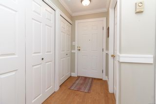 Photo 3: 26 2070 Amelia Ave in : Si Sidney North-East Row/Townhouse for sale (Sidney)  : MLS®# 883338