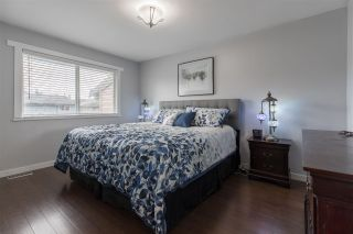Photo 12: 128 10732 GUILDFORD Drive in Surrey: Guildford Townhouse for sale (North Surrey)  : MLS®# R2405909
