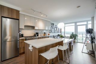 """Photo 4: 711 258 NELSON'S Court in New Westminster: Sapperton Condo for sale in """"The Columbia"""" : MLS®# R2584289"""