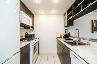 """Photo 9: 1907 939 EXPO Boulevard in Vancouver: Yaletown Condo for sale in """"Max 2"""" (Vancouver West)  : MLS®# R2545296"""