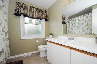 Photo 9: 7 Winner's Circle in Whitby: Blue Grass Meadows House (2-Storey) for sale : MLS®# E3284089