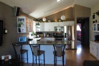 Photo 7: 28 Rothshire Drive in Winnipeg: Transcona Residential for sale ()