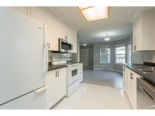 """Photo 5: 53 36060 OLD YALE Road in Abbotsford: Abbotsford East Townhouse for sale in """"Mountainview Village"""" : MLS®# R2430717"""