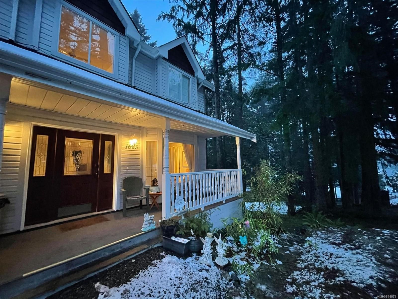 Main Photo: 1683 Wilmot Ave in : ML Shawnigan House for sale (Malahat & Area)  : MLS®# 864073