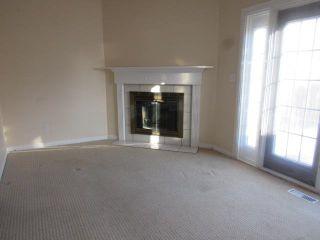 Photo 3: 9301 Morinville Drive: Morinville Townhouse for sale : MLS®# E4251641